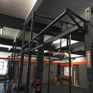New redesigned Monkey Crossbeam at @gwperformance #serioustraining #ironedge